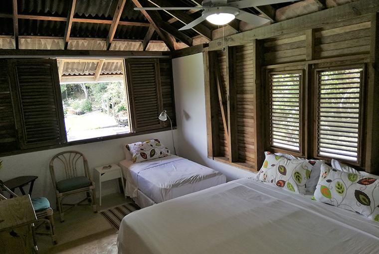 Standard room_acaya1